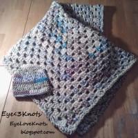 Summery Granny Square Baby Blanket ~ EyeLoveKnots