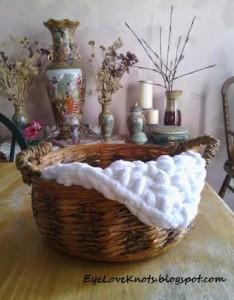Super Bulky Mini Blanket Basket Filler ~ EyeLoveKnots