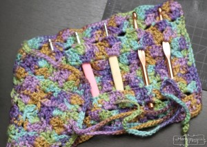 Scalloped Hook Case ~ Stacey Williams - My Merry Messy Life