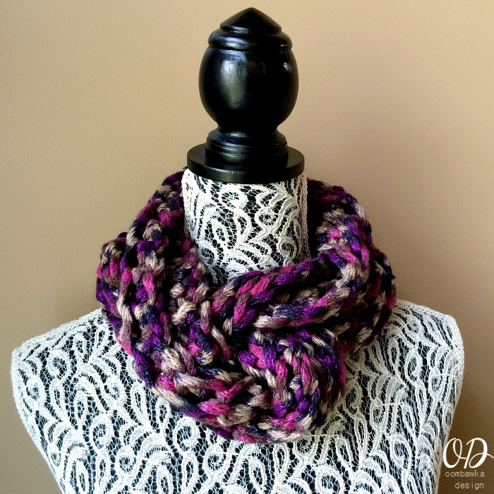 Isis Infinity Scarf Free Crochet Pattern From Red Heart Yarns : Twilight Infinity Scarf ~ FREE crochet Pattern