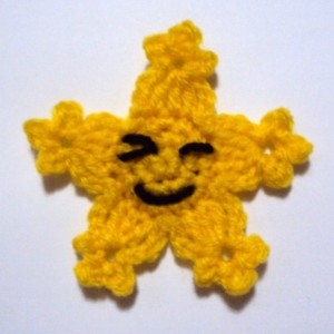 Twinkle the Happy Star Applique ~ Claire Ortega-Reyes - Crochet Spot