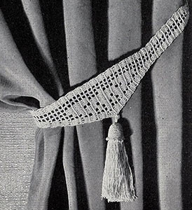 Filet Tie Back with Tassel ~ Free Vintage Crochet