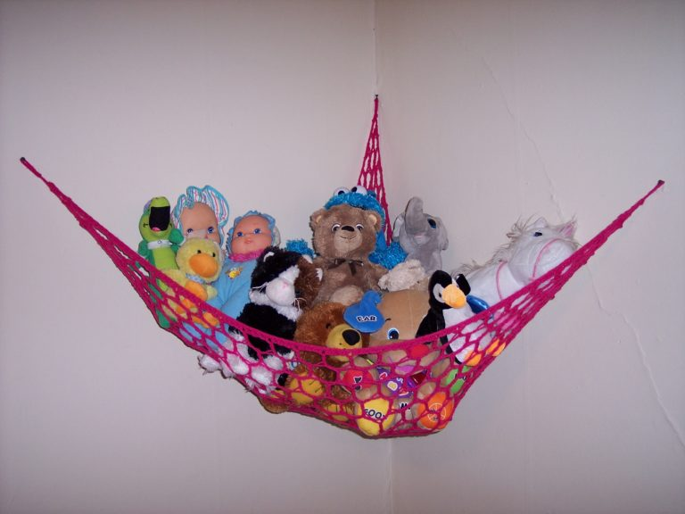 Hammock for Stuffed Animals ~ FREE Crochet Pattern