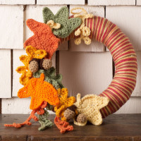 Autumn Leaves Wreath ~ Michele Wilcox – Red Heart