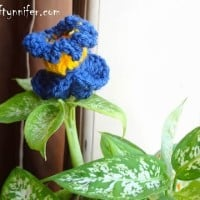 Funky Flower Friday Week 6 ~ Jennifer Gregory - Niftynnifers's Crochet & Crafts