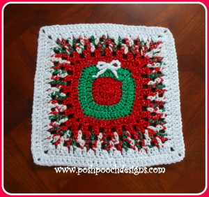 Christmas Wreath Afghan Square ~ Sara Sach - Posh Pooch Designs