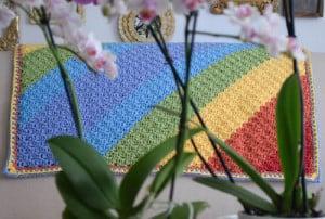 Diagonal Rainbows Baby Blanket ~ Marie Segares - Underground Crafter