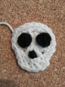Easy Unisex Skull Applique ~ Niki Wyre aka cRAfterChick.com