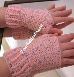 Ridged Cuff Fingerless Gloves ~ 2 Crochet Hooks - Oombawka Design