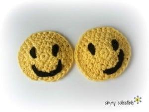 Smiley Applique or Coaster ~ Celina Lane - Simply Collectible
