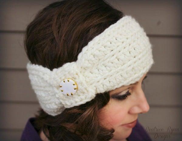 Wintertide Headband ~ FREE Crochet Pattern
