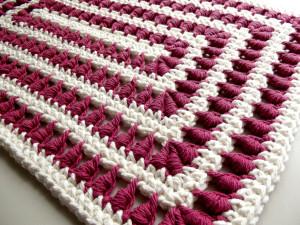 A Bullion Stitch Placemat ~ Rhelena - CrochetN'Crafts
