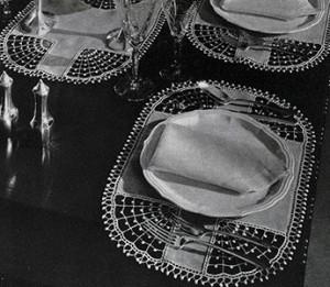 Mayfair Dinner Set ~ Free Vintage Crochet