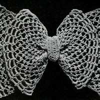 Irish Mesh Bow ~ Free Vintage Crochet