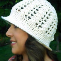 Sunshine and Shells Summer Crochet Hat ~ Beatrice Ryan Designs