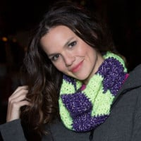 Color Block Cowl ~ Lorene Eppolite - Red Heart
