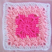 Bambino Square 7″ ~ SmoothFox Crochet and Knit