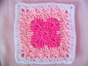 """Bambino Square 7"""" ~ SmoothFox Crochet and Knit"""