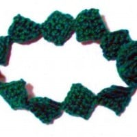 Emerald Drops Bracelet ~ Claire Ortega-Reyes – Crochet Spot