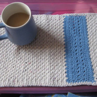 Placemat Pattern ~ Laurie Laliberte - Tales and Yarns
