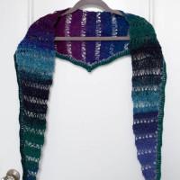 Peacock Stitch Shawlette ~ Marie Segares – Underground Crafter