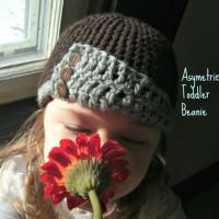 Asymmetrical Toddler Hat ~ Mama G's Big Crafty Blog