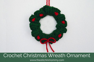 Christmas Wreath Ornament ~ The Stitchin' Mommy