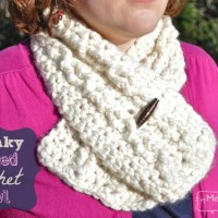 Chunky Cabled Crochet Cowl ~ My Merry Messy Life