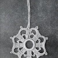 Curtain Pull #824 ~ Free Vintage Crochet
