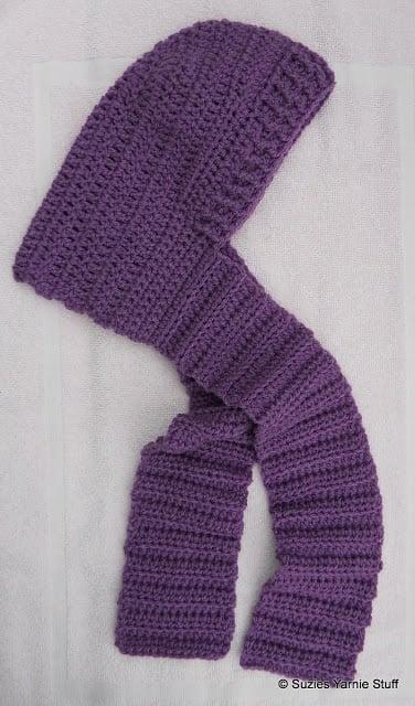 Child's Hooded Scarf ~ FREE Crochet Pattern