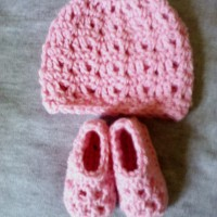 Pretty Mesh Beanie and Booties Set ~ Dee Ann H - Joyful In Tribulation