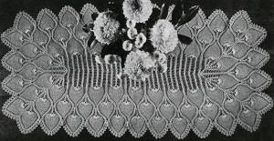 Runner X7650-B ~ Free Vintage Crochet
