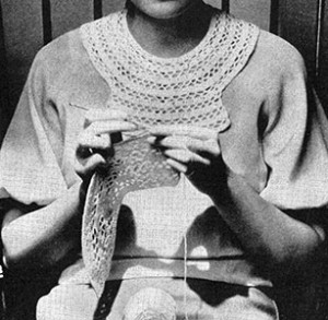 Circular Bib Collar and Cuff Set ~ Free Vintage Crochet