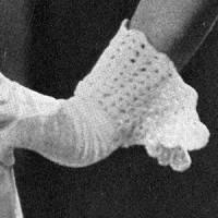 Shell Fan Gauntlet Cuff ~ Free Vintage Crochet
