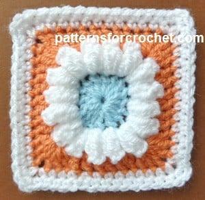 3 Colored Granny Square ~ Patterns For Crochet