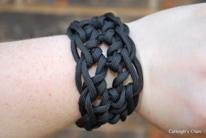 Paracord Bracelet Cuff ~ Elisabeth Spivey - Calleigh's Clips & Crochet Creations