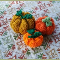3 Little Pumpkins ~ Sara Sach - Posh Pooch Designs