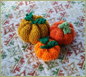 3 Little Pumpkins ~ Sara Sach - Posh Pooch Designs