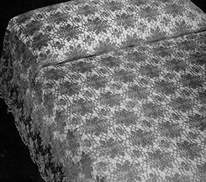 Queen Anne's Lace Bedspread ~ Free Vintage Crochet