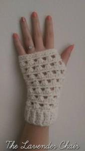 Lazy Daisy Fingerless Gloves ~ Dorianna Rivelli - The Lavender Chair