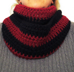 Simple & Comfy Cowl Scarf ~ My Recycled Bags