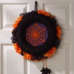 Spiderweb Halloween Wreath ~ Michele Wilcox – Red Heart