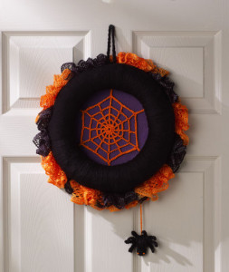Spiderweb Halloween Wreath ~ Michele Wilcox - Red Heart