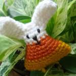 Mini Candy Corn Bunny ~ NyanPon.com