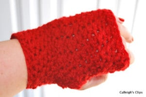Textured Fingerless Gloves ~ Elisabeth Spivey - Calleigh's Clips & Crochet Creations