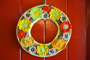 Autumn Crochet Wreath ~ Fly the Coop Crafts
