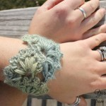 Spring Fan Wrist Cuff ~ Nondas Hensley - Cre8tion Crochet