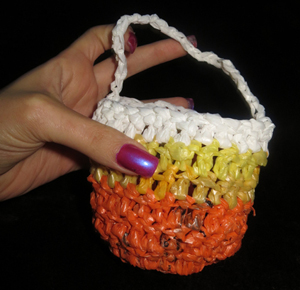 Halloween Candy Corn Goody Bag Free Crochet Pattern