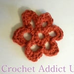Open Daisy Button Flower ~ Crochet Addict