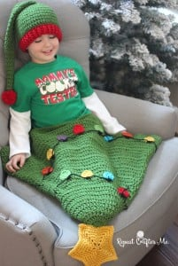Christmas Tree Tail Blanket ~ Repeat Crafter Me